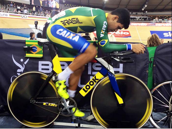 Gideoni Monteiro e sua grande conquista: classificar o Brasil para a modalidade pista, fato que não acontece desde 1992