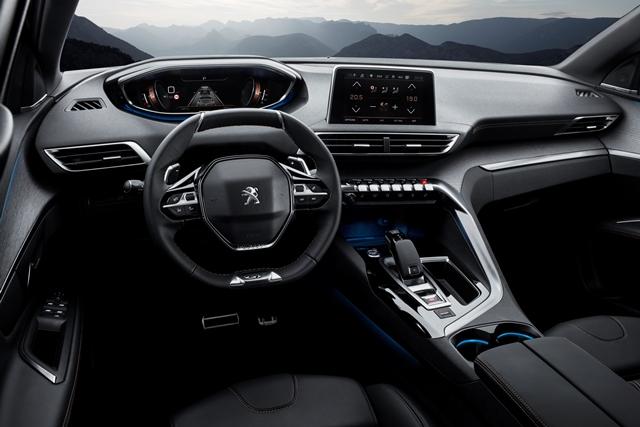 O acabamento em carvalho envelhecido está do painel de instrumentos e nos painéis das portas do SUV especial da Peugeot