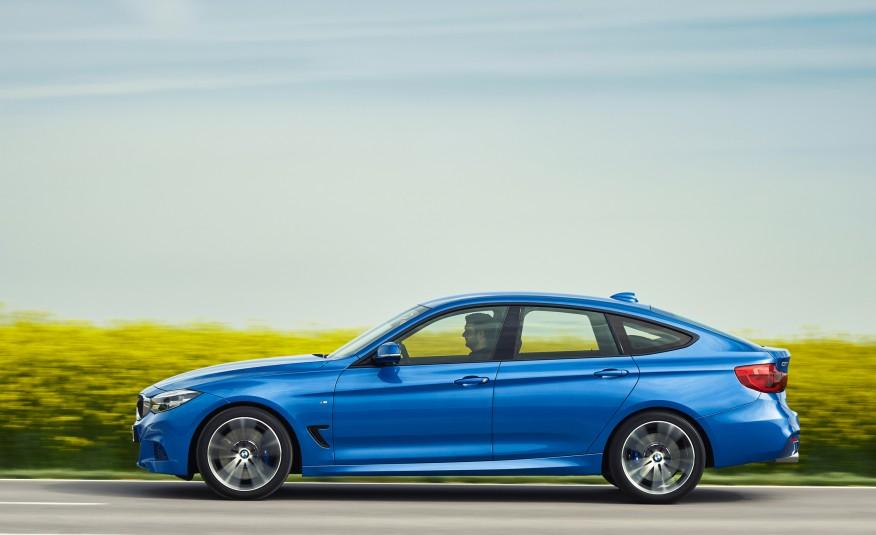 De perfil, fica evidente a mistura de influências de sedã e cupê nas linhas do BMW Série 3 GT