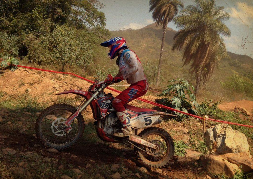 Acostumado com as provas de velocidade, Michel Cechet estreia numa competição de regularidade