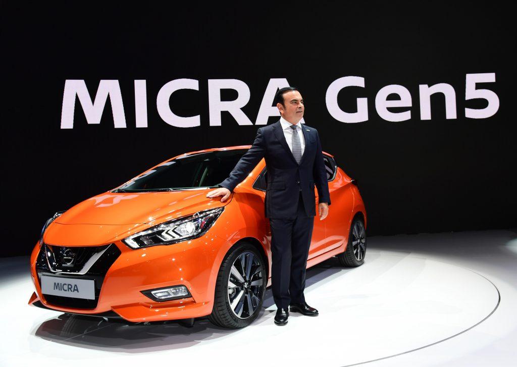 A grande atração da Nissan é a quinta geração do Micra (o nosso March), com visual mais agressivo, mais espaçoso, sistema de frenagem inteligente (com reconhecimento de pedestres), monitorização Inteligente ao redor do veículo e reconhecimento de sinais de Trânsito. Chega em 2017 na Europa