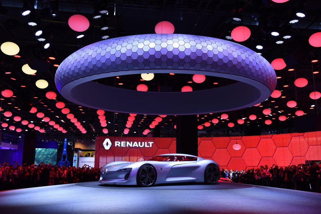 No espaço da Renault tem novidade interessante para o Brasil: a picape Alaskan, que virá via Argentina; e o SUV Koleos, que chega importado da Coreia do Sul. Mas as atenções dos visitantes é o conceito Trezor, que tem motor elétrico de 350cv e incorpora a nova filosofia de design da marca francesa