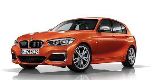 BELEZA ALEMÃ - A BMW mostra muitas novidades, mas ressalta o lançamento da ocasião, o M 140i, hatchback que chega ao Brasil a mais de R$ 260 mil. Também pudera: tem um design deslumbrante, interior sofisticado e, sob o capô, abriga um TwinPower Turbo 3.0 litros de seis cilindros.