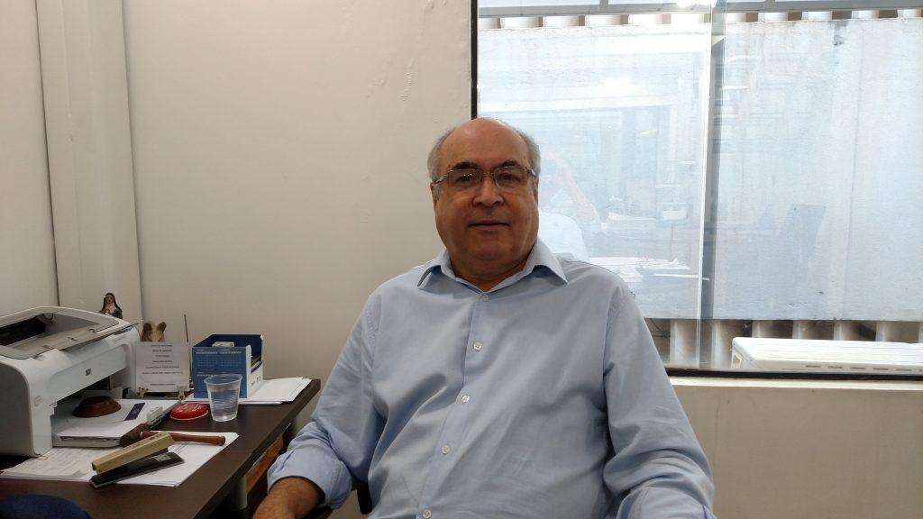 """Washington Teixeira, diretor da Santa Branca Seguros, """"""""a interrupção beneficiaria o consumidor e seria um grande diferencial para a seguradora"""""""