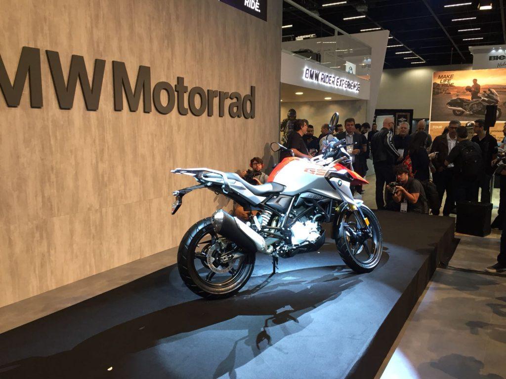 G 310 GS: Esta moto marca a estreia da BMW no segmento de motos urbanas com cilindrada abaixo de 500 cc. Equipada com um motor monocilíndrico, de 313 cc e capaz de entregar 34 cv de potência, é ideal para o dia a dia. (Foto BMW/Divulgação)
