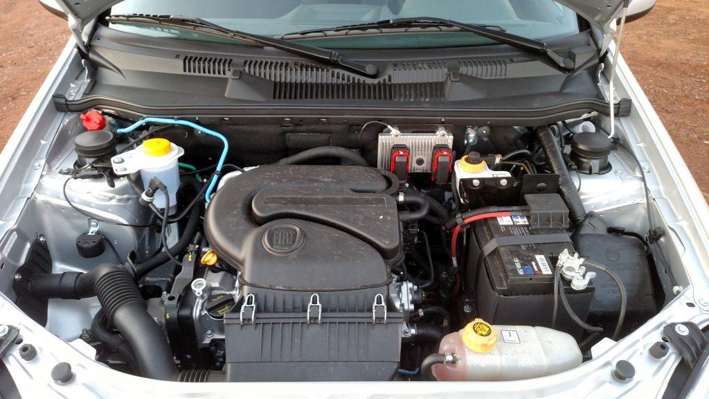 Motor 1.4 flex gera potências de 85cv com gasolina e de 88cv com etanol. O bom torque em baixa dá conta do recado