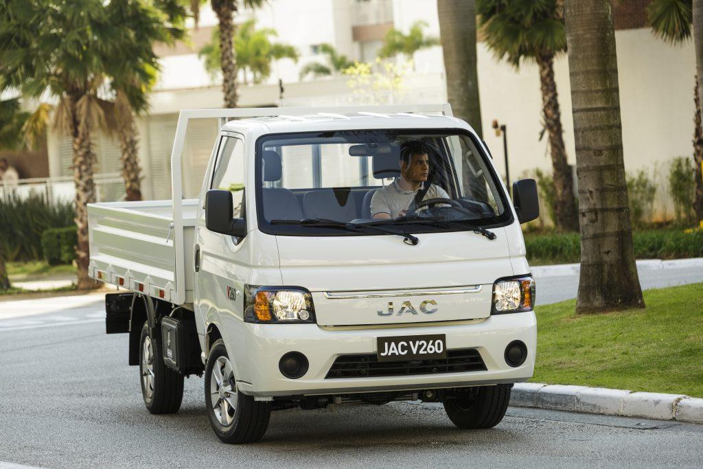 Jac V260 - Alta-11