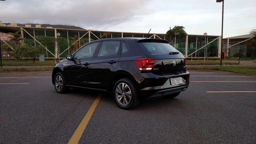 Para muitos, as linhas da traseira ficaram parecidas com as do VW Gol