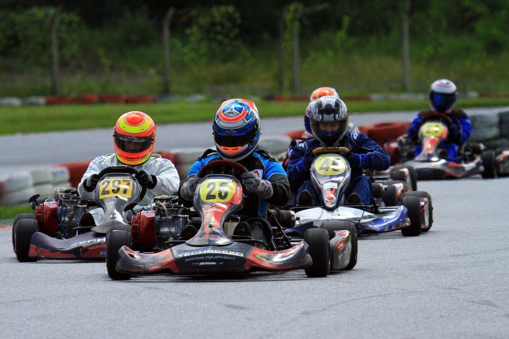 Cerca de 60 pilotos devem disputar as duas etapas no kartódromo de Vespasiano