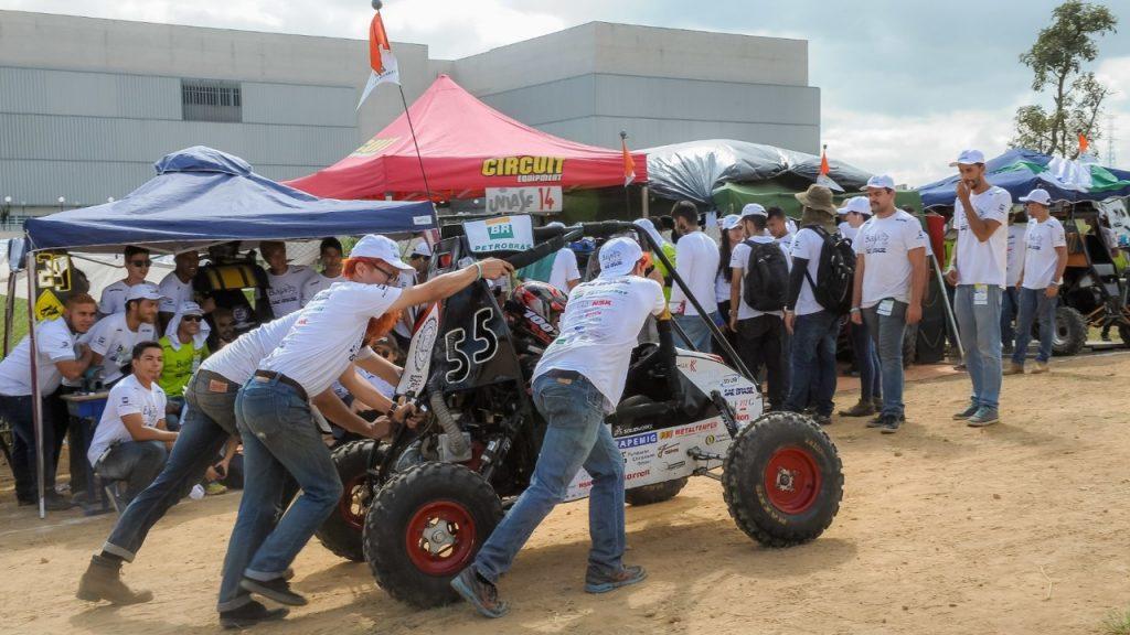 Equipe Baja UFMG ficou em segundo lugar na competição nacional