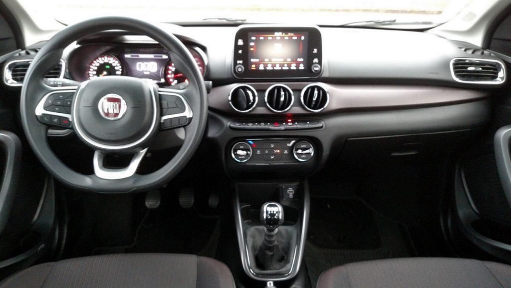 Teste Fiat Cronos 8