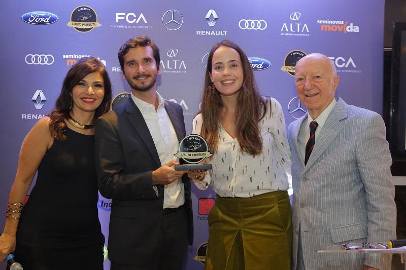 Pamela Paiffer e Leandro Carloni recebem prêmio Melhor campanha publicitária. Ford Mustang também ganhou nas categorias Premium/Luxo e L'Auto Preferita 2018