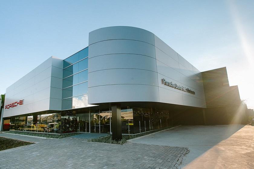 Concessionária tem 1.500 m2 de área construída