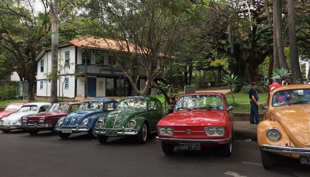 O Fusca Clube Belo Horizonte realiza eventos no museu Abílio Barreto todos os meses