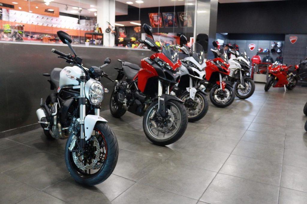 A linha Ducati é composta por motos que privilegiam esportividade (Foto: Estevão Galvão Fonseca)