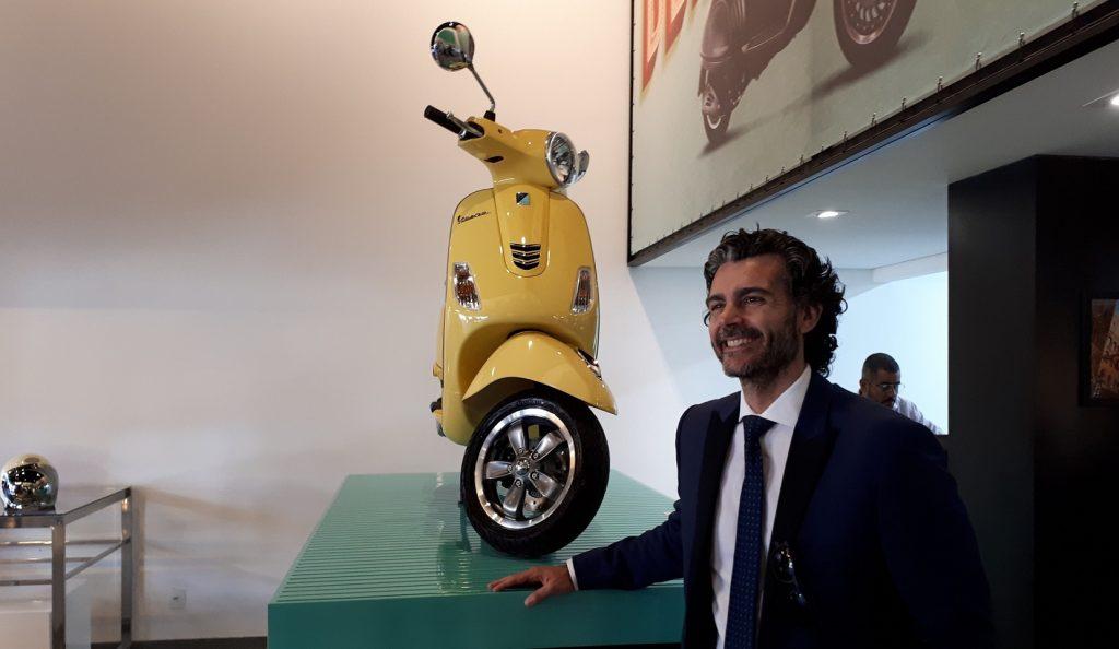 A inauguração da Mondo Vespa contou com a presença de Giuseppe De Paola, CEO da Piaggio Vespa (Foto: Eduardo Aquino)