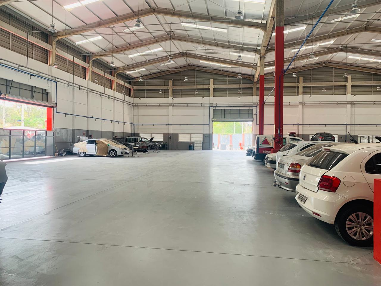A Mastercar oferece serviços completos de mecânica, pintura e lanternagem (Foto: Neila Prado)